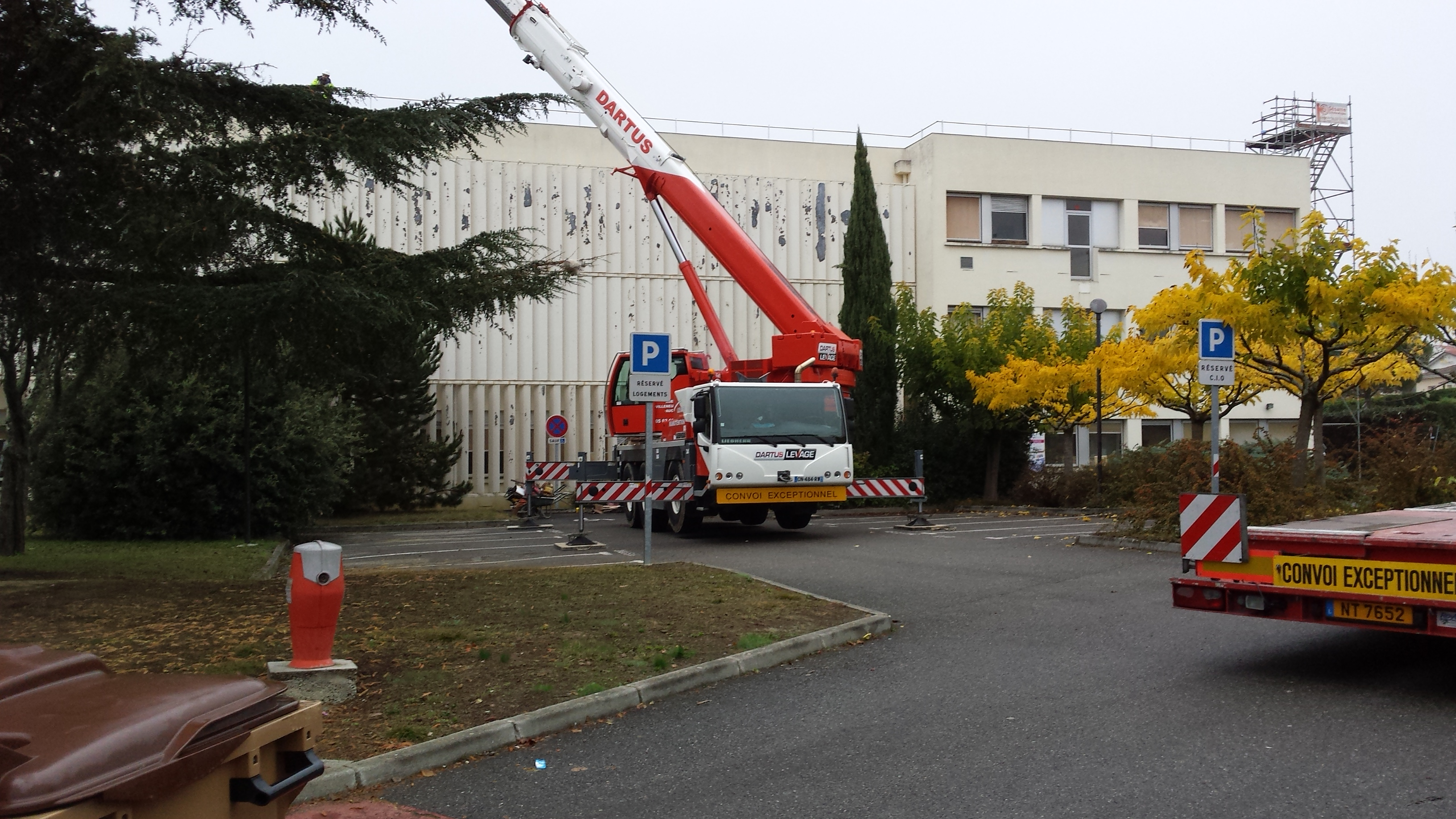 Grue carnot toiture